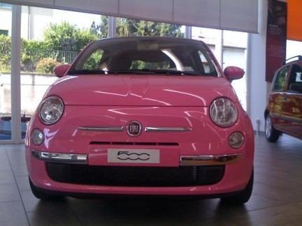 Fiat_500_in_pink_01